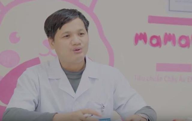 """TS Lê Minh Trác - Giám đốc Trung Tâm Sơ Sinh, Bệnh Viện Phụ Sản Trung Ương chia sẻ tác dụng làm sạch vi khuẩn của chất kháng khuẩn có trong khăn ướt """"chuẩn"""""""