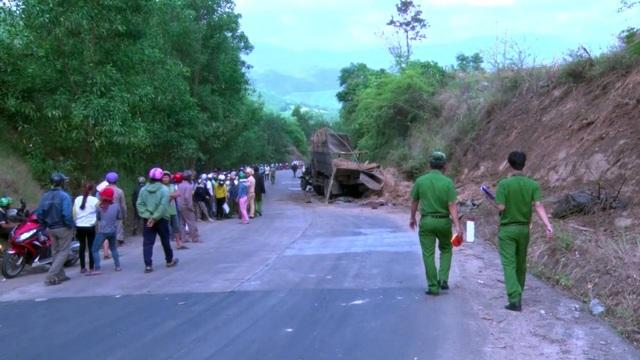 Hiện cơ quan chức năng đang tiếp tục điều tra nguyên nhân vụ tai nạn
