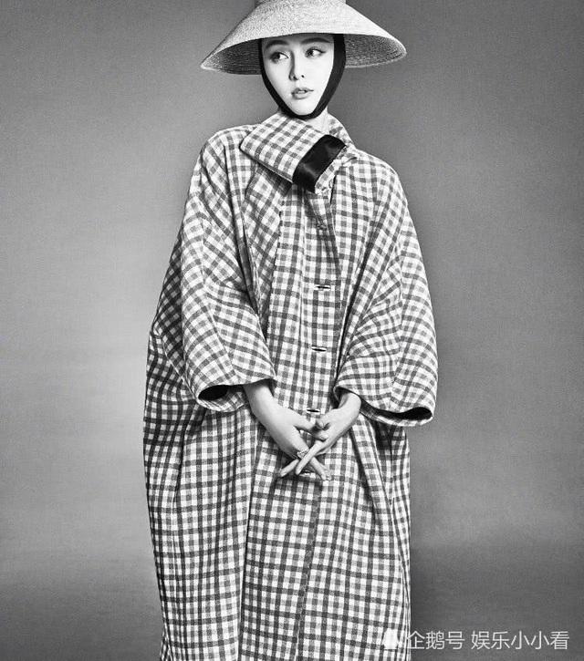 Nữ diễn viên họ Phạm biến hóa ấn tượng và cuốn hút trong những bức ảnh đen trắng.