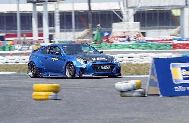 Ngày càng có nhiều cuộc đua tốc độ tại Việt Nam - 5