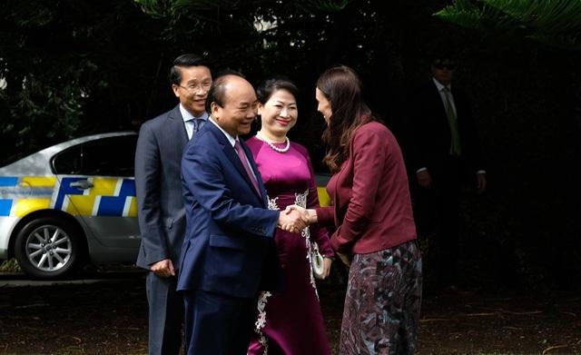 Hai Thủ tướng tại lễ đón chính thức