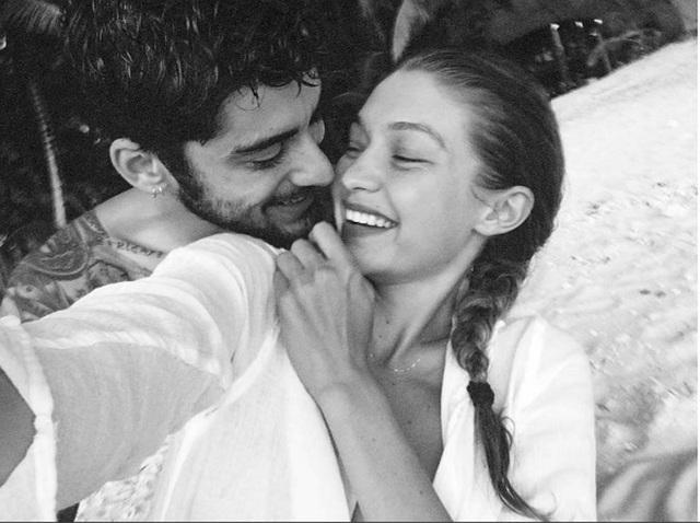 Ca sỹ Zayn Malik, 25 tuổi và siêu mẫu Gigi Hadid, 22 tuổi đã bất ngờ thông báo họ chia tay nhau sau hơn 2 năm hò hẹn