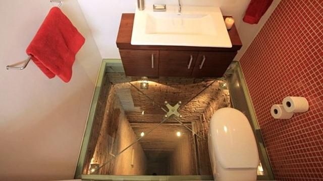 Muôn kiểu nhà WC dị nhất hành tinh - 10