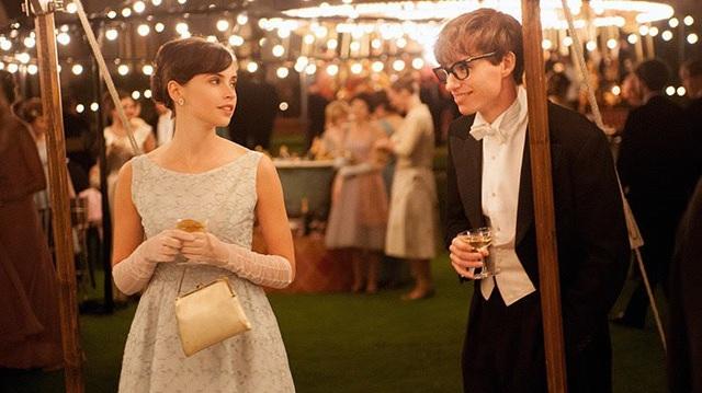 """Stephen Hawking trong siêu phẩm điện ảnh """"Thuyết yêu thương"""" - 3"""