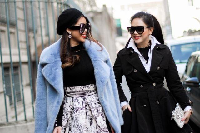 Thủy Tiên cũng thường xuyên xuất hiện với vai trò khách mời trong cách show thời trang của các nhà mốt đình đám thế giới cùng cô con gái xinh đẹp - hot girl Thảo Tiên.