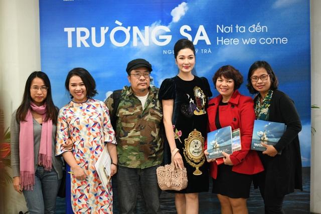 """Hoa hậu Nguyễn Thị Huyền đẹp không tì vết sau thời gian """"ở ẩn"""" - 7"""