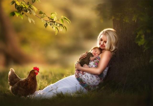 Mê mẩn với bộ ảnh mẹ cho con bú của nhiếp ảnh gia Ấn Độ - 3