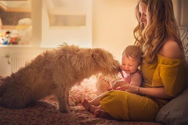 Mê mẩn với bộ ảnh mẹ cho con bú của nhiếp ảnh gia Ấn Độ - 7 Mê mẩn với bộ ảnh mẹ cho con bú của nhiếp ảnh gia Ấn Độ