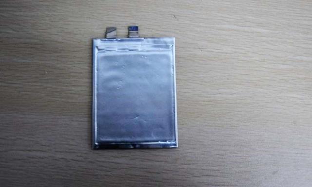 Chế tạo pin lithium hoạt động ở mức nhiệt thấp kỷ lục -70 độ C - 1