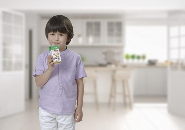 """""""Visa"""" đưa sữa NutiFood vào thị trường Mỹ - 2"""