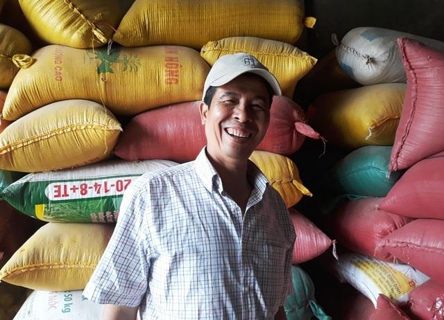 Ông Thắng cảm thấy nhẹ nhõm vì đã bàn giao số vàng cho Công an xã Phước Hưng.