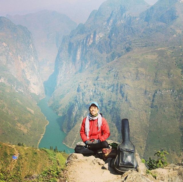 Chuyến đi bộ xuyên Việt của 8x Phú Yên kéo dài trong 113 ngày với chi phí 100 nghìn đồng