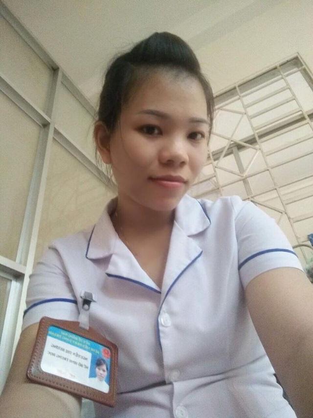 Hương là nữ hộ sinh tại bệnh viện huyện Long Thành, tỉnh Đồng Nai.