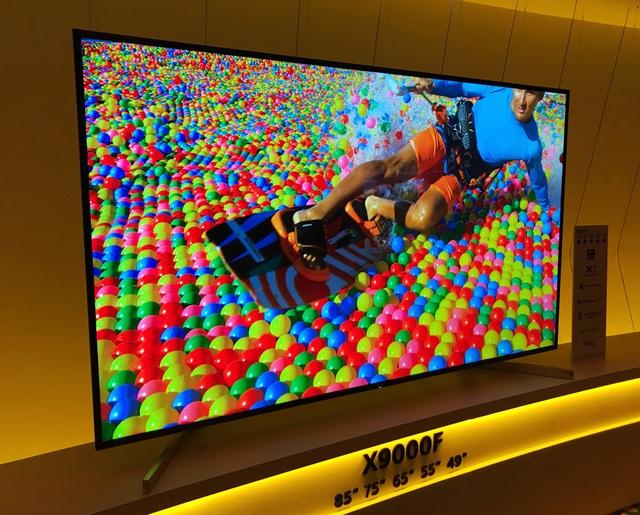 Trải nghiệm thực tế Bravia X9000F cho thấy chất lượng hình ảnh, màu sắc, đặc biệt là ở chế độ HDR được cải thiện hơn rõ rệt.