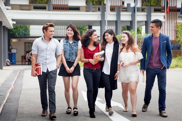 JCU Singapore dành cho học sinh rất nhiều những lợi ích khi học tập tại trường