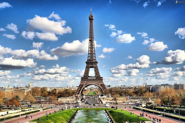 Paris có mức chi phí tốn kém thứ 2 trên thế giới