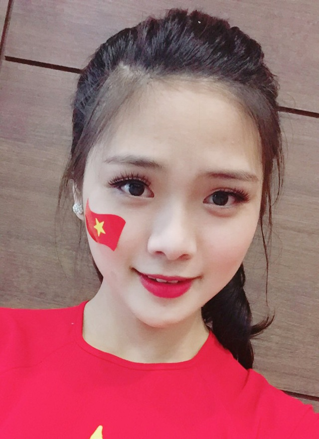 Nữ sinh xứ Nghệ xinh xắn, học giỏi, hát dân gian ngọt ngào - 5