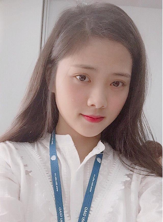 Bùi Diệu Linh - nữ sinh xứ Nghệ đang học tại Học viện Ngoại giao