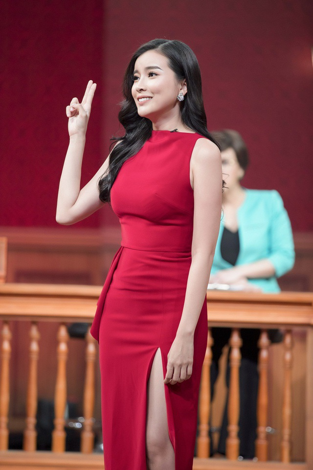 """Cô """"Kim Oanh thủ đoạn"""" trong """"Đồng tiền quỷ ám"""" chia sẻ, cô có khoảng thời gian độc thân vừa đủ dài để sẵn sàng tìm hiểu và bước vào mối quan hệ mới."""
