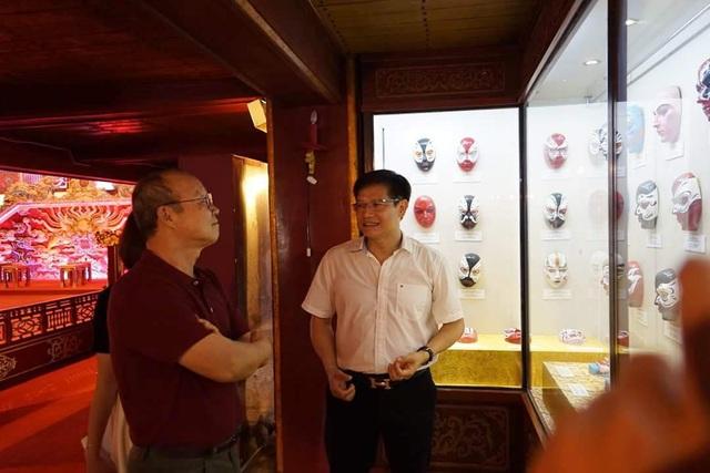 HLV Park Hang Seo thích thú tham quan Đại Nội Huế - 13
