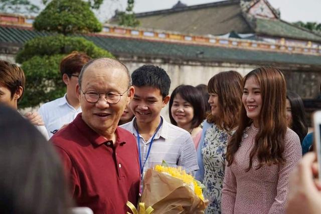 HLV Park Hang Seo thích thú tham quan Đại Nội Huế - 5