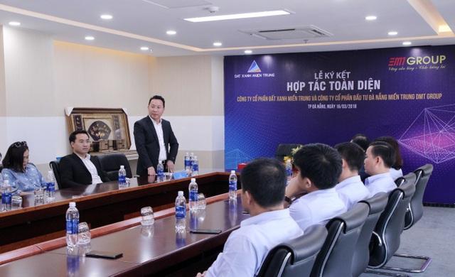 Ông Trần Ngọc Thành – Tổng Giám đốc Đất Xanh Miền Trung chia sẻ cùng toàn thể Ban lãnh đạo và cơ quan báo chí.