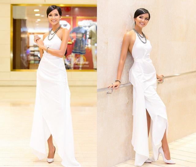 Hoa hậu H'hen Niê tỏa sáng trong tuần này với gu thời trang ngày càng sành điệu và sang trọng.