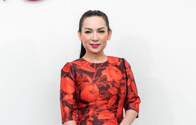 Ca sĩ Phi Nhung được đông đảo khán giả yêu thích bởi giọng hát và tính cách rất chân thật của mình. Sự cố tuy đáng tiếc nhưng Phi Nhung cũng muốn khép lại tại đây.