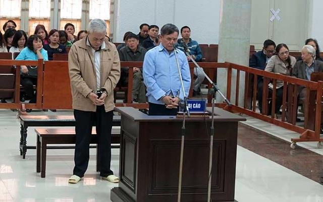 Hai bị cáo Thắng và Lợi tại phiên xử.