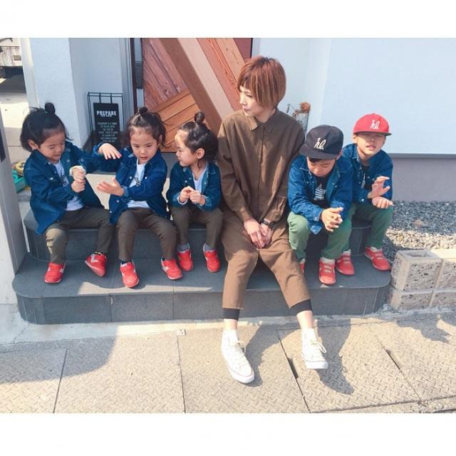 Bộ ảnh dễ thương của bà mẹ 5 con hot nhất Nhật Bản - 13