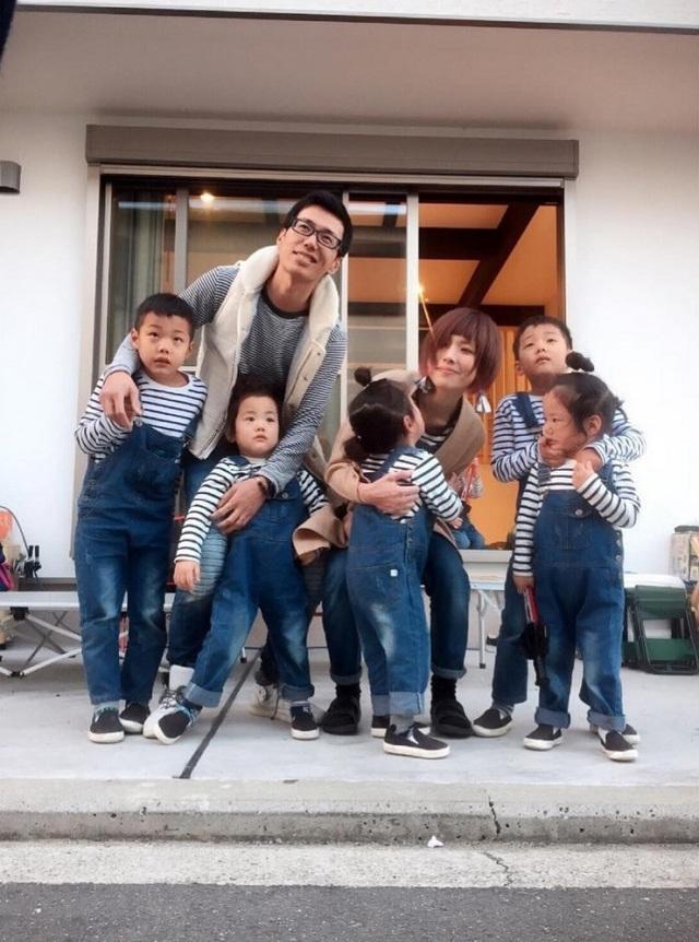Bộ ảnh dễ thương của bà mẹ 5 con hot nhất Nhật Bản - 19