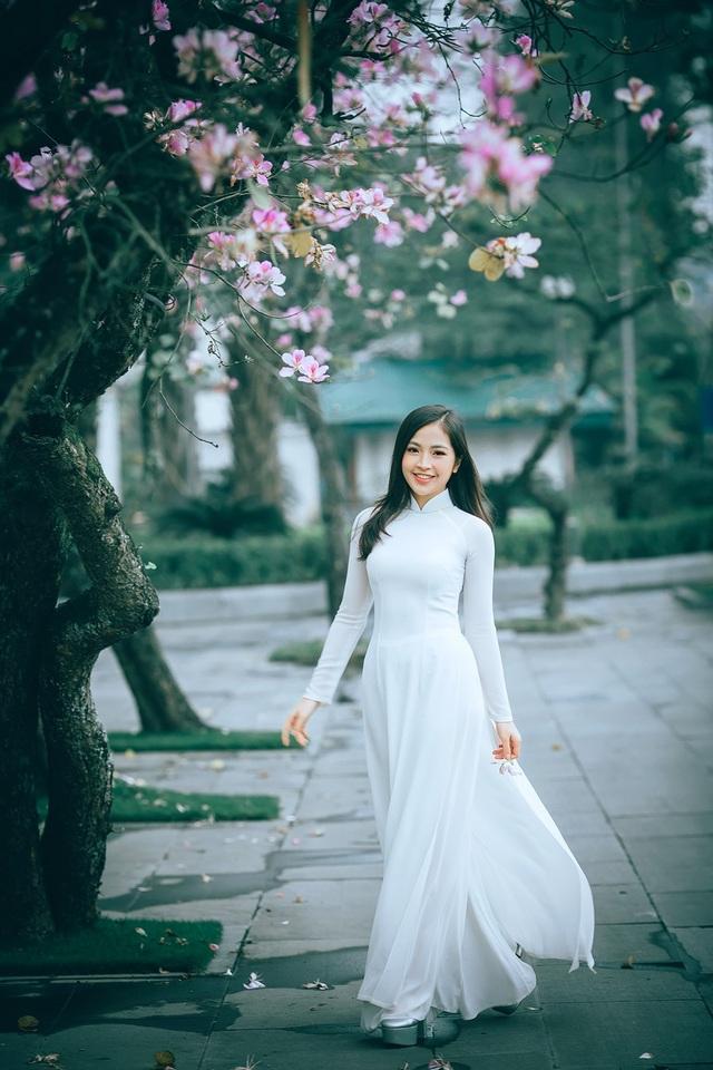 Nữ sinh Hà thành ngọt ngào bên sắc hoa ban - 10
