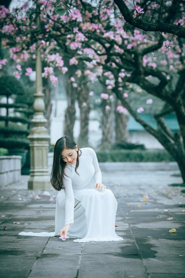 Nữ sinh Hà thành ngọt ngào bên sắc hoa ban - 7
