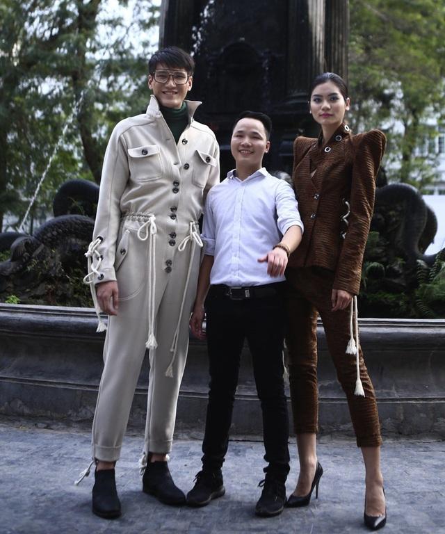 NTK Hảo Nguyễn chinh phục khán giả bằng kỹ thuật veston nâng cao và vẻ nam tính của những chiếc áo boomber trang trí bằng kỹ thuật đan dây sinh động.