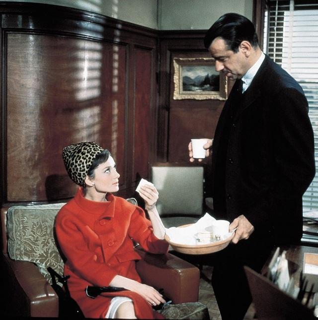 Audrey Hepburn và những bộ váy tuyệt đẹp của Givenchy - 16