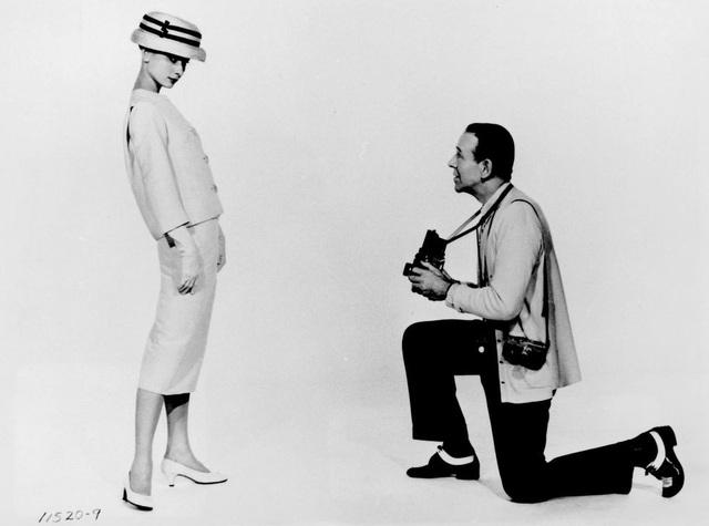 Audrey Hepburn và những bộ váy tuyệt đẹp của Givenchy - 13