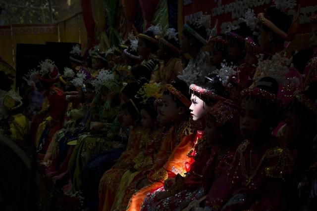 Giải quốc gia - giải nhất nhóm ảnh Myanmar - tác giả Sai Aung Main