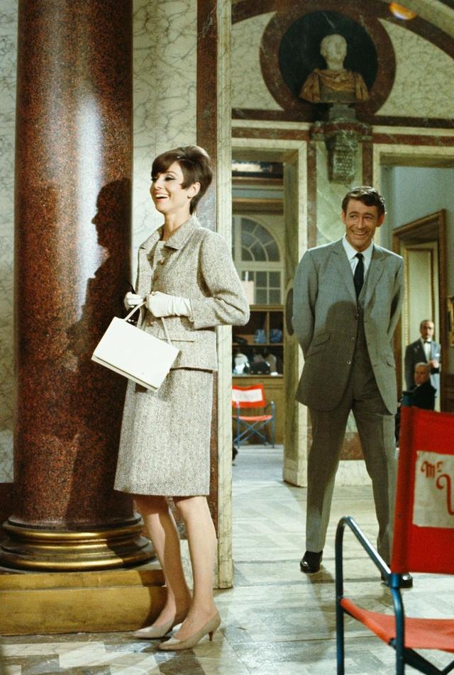 Audrey Hepburn và những bộ váy tuyệt đẹp của Givenchy - 21