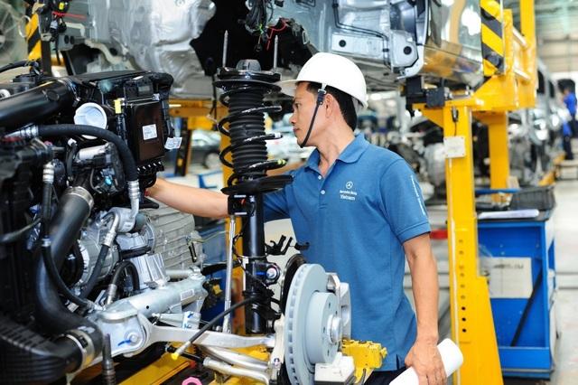 Đây là động thái đầu tiên, sau khi Văn Phòng Chính phủ có văn bản thông báo kết luật của Phó thủ tướng Trịnh Đình Dũng liên quan đến những tranh cãi về những quy định mới đối với mặt hàng ô tô.
