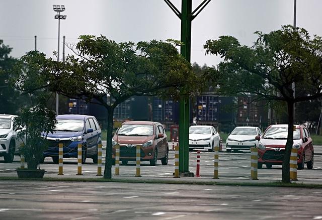 Lô xe nhập khẩu miễn thuế đầu tiên được thông quan, cuộc chiến giảm giá bắt đầu - 9