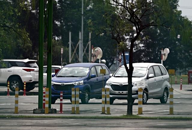 Lô xe nhập khẩu miễn thuế đầu tiên được thông quan, cuộc chiến giảm giá bắt đầu - 11