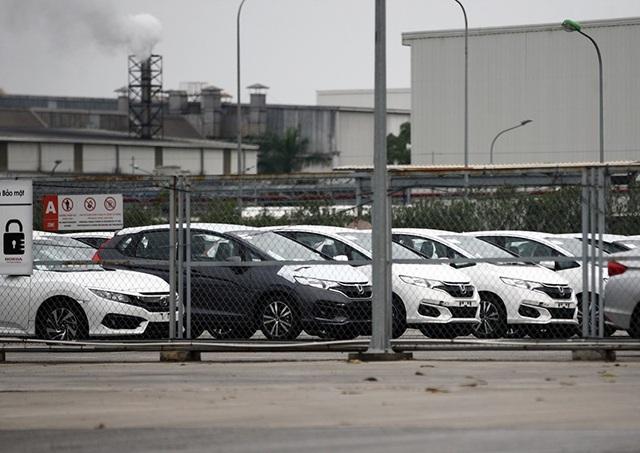 Lô xe nhập khẩu miễn thuế đầu tiên được thông quan, cuộc chiến giảm giá bắt đầu - 2