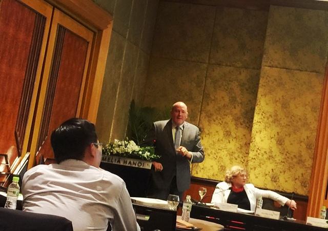 GS. Mike Ewing chia sẻ bài học kinh nghiệm tăng vị trí trên bảng xếp hạng giáo dục đại học toàn cầu của Australia.