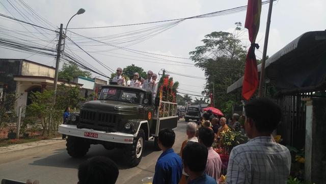 Nguyên Thủ tướng Phan Văn Khải được an táng bên mộ người vợ quá cố - 19