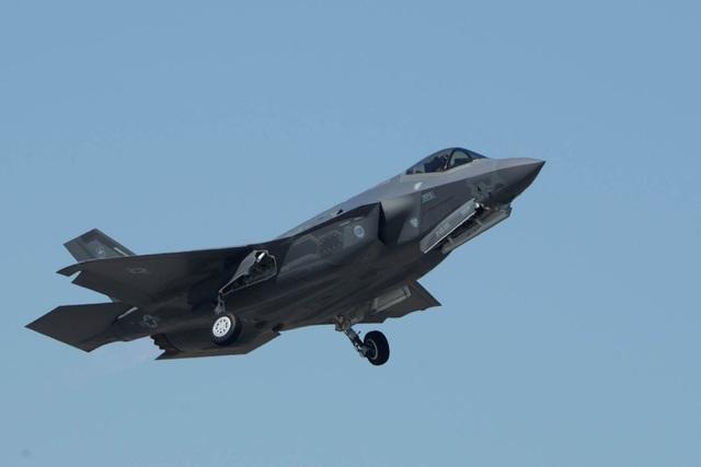 Máy bay chiến đấu F-35 (Ản: Quân đội Mỹ)