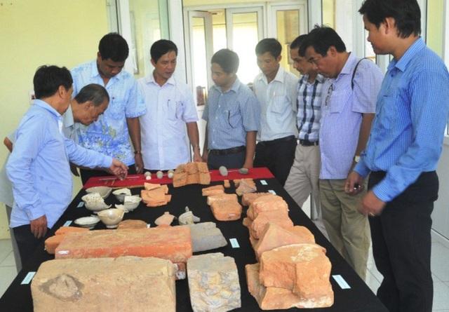 Nhiều hiện vật được phát hiện trong quá trình khai quật khảo cổ