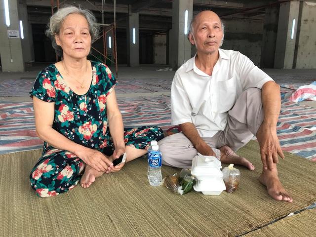 Vụ cháy chung cư, 13 người thiệt mạng: Tình người trong cơn hỏa hoạn - 13