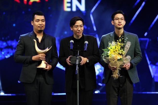 Mỹ Tâm giành cú đúp Ca sĩ của năm và Album của năm - 1