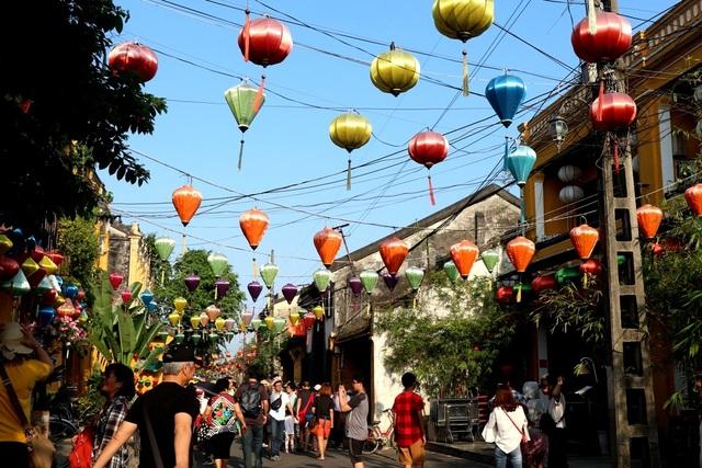 Hội An được ví như thành phố của đèn lồng, của những sắc màu cổ tích thơ mộng