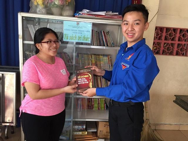 Bí thư Đoàn trẻ tuổi Bùi Văn Phát tham gia tích cực các hoạt động Đoàn